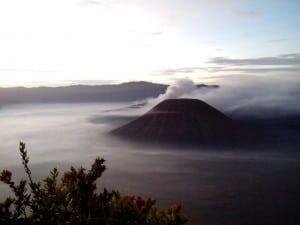 Paket Wisata Bromo Tour Batu Malang 4D3N